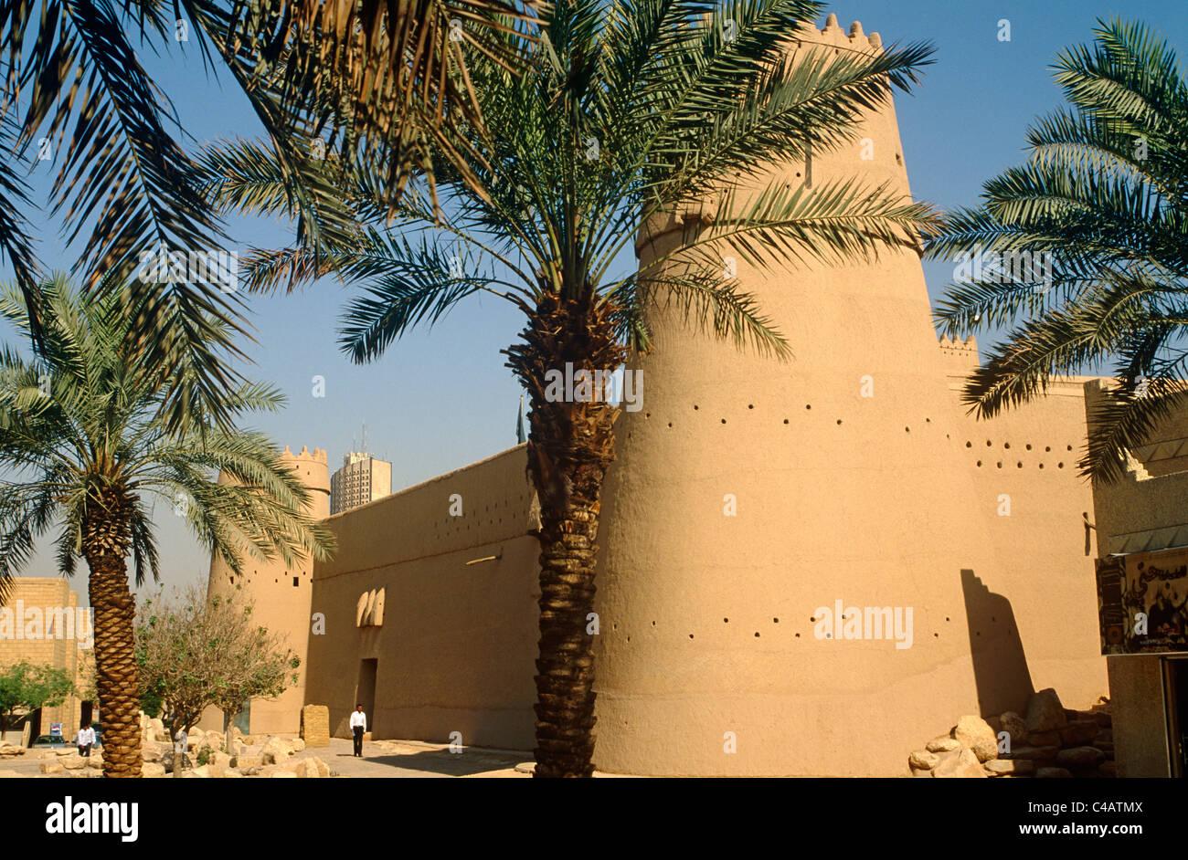 Saudi Arabia, Riyadh. Built in around 1865 and now much restored, Masmak Fort (or Qasr al-Masmak) Stock Photo