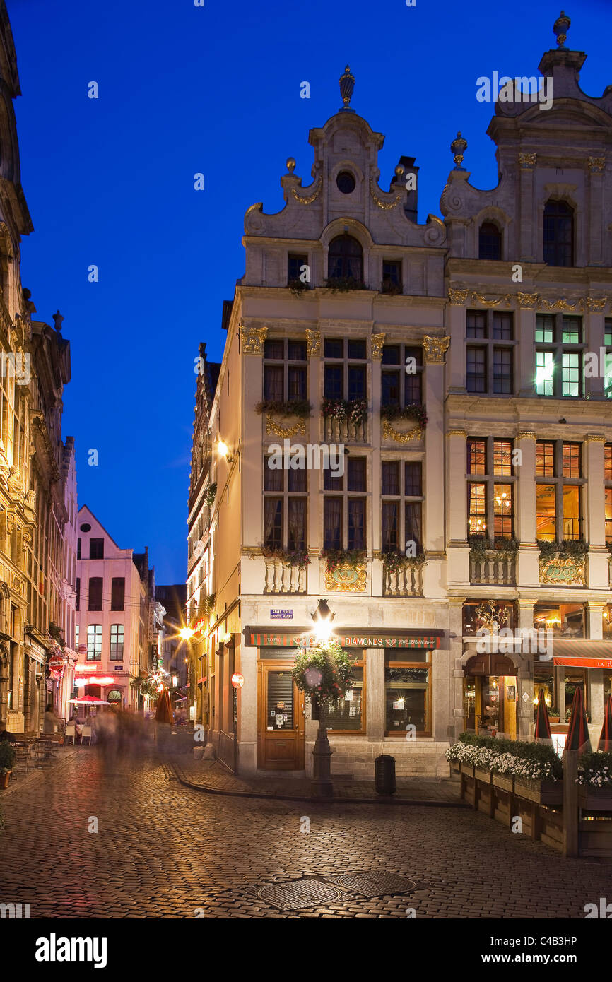 La Grand Place in Brussels, Belgium by night. - Stock Image