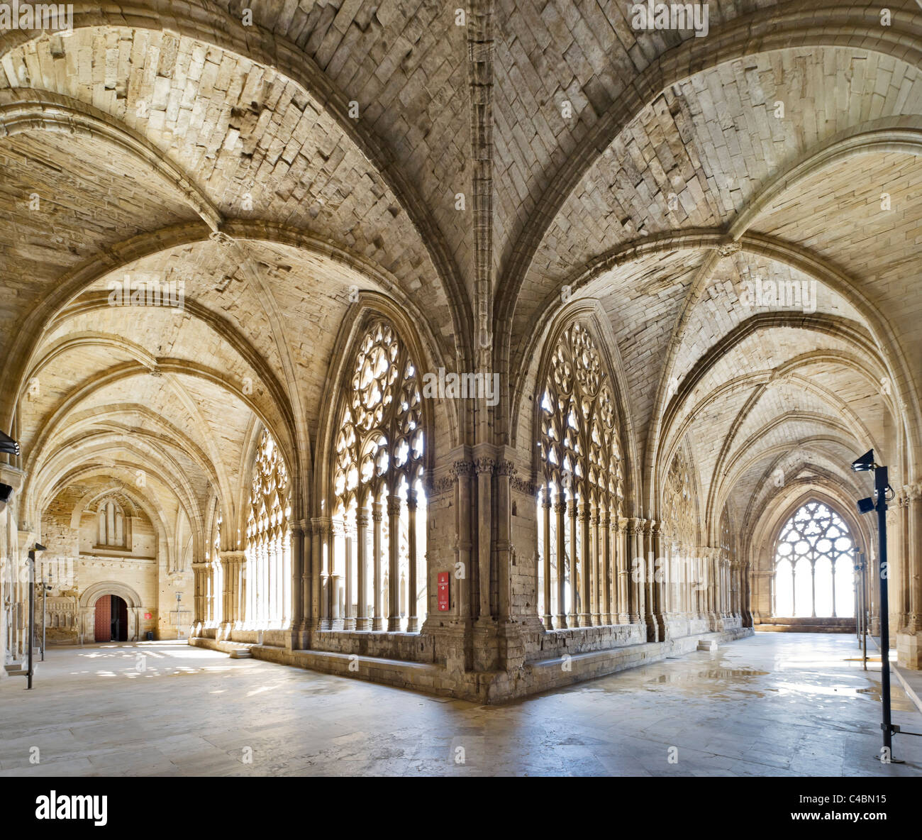 Gothic cloisters in the Seu Vella (Old Cathedral), Lleida (Lerida), Catalunya, Spain - Stock Image