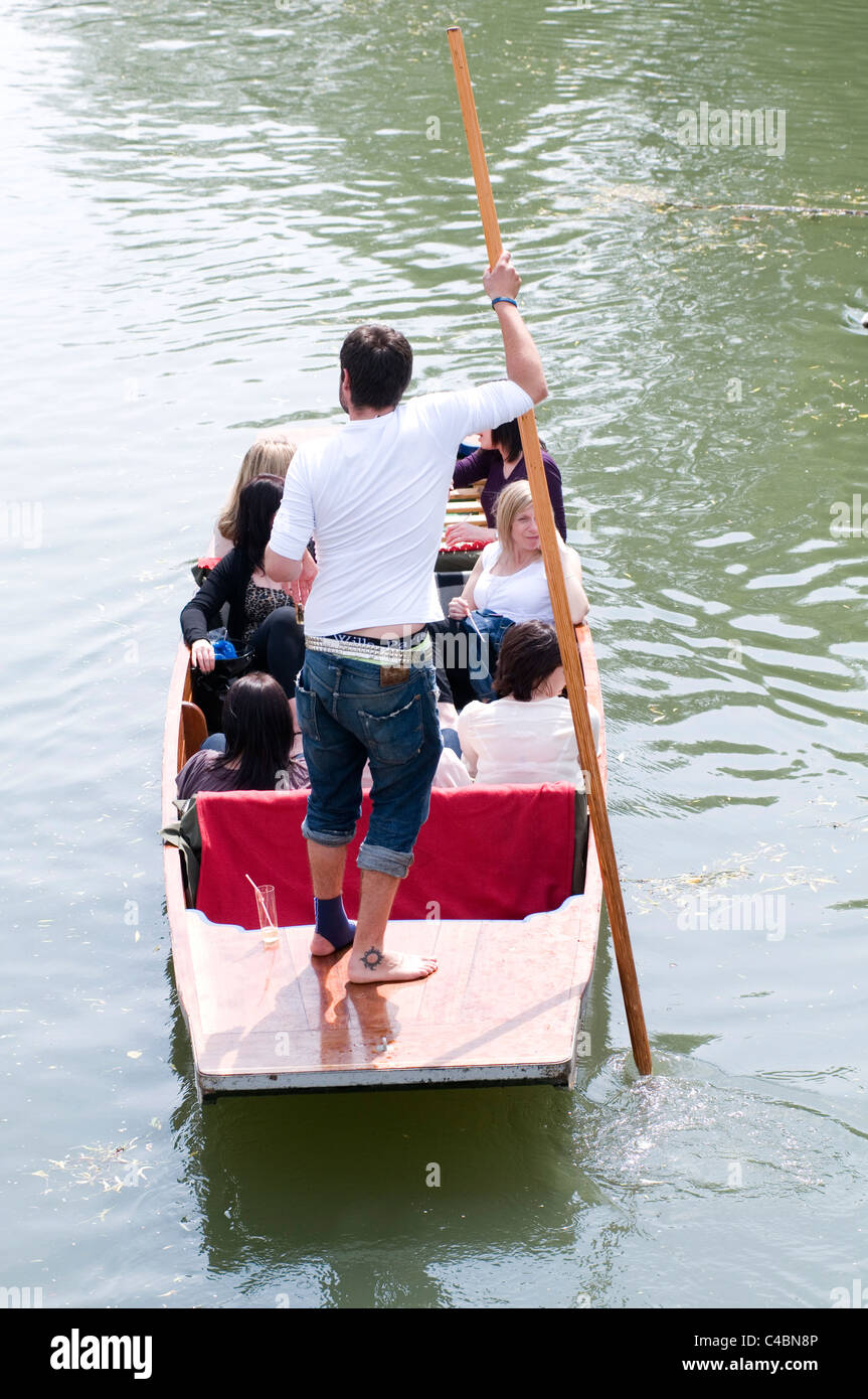 punt punts punting Cambridge boat boating trip trips traditional tourist tourists activity student job jobs students - Stock Image
