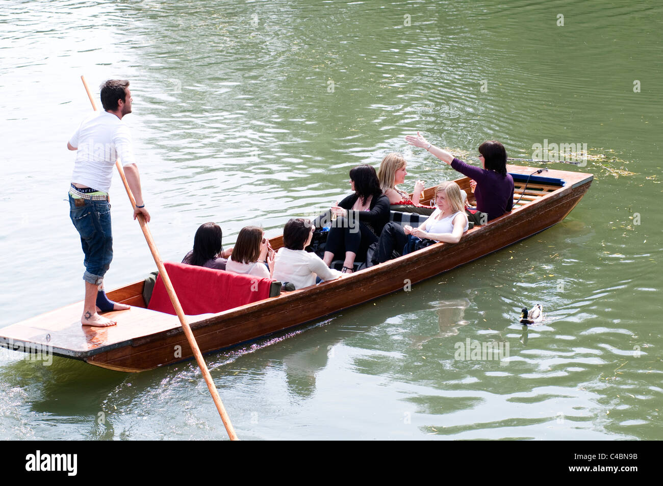 Punt Boat Stock Photos & Punt Boat Stock Images - Alamy