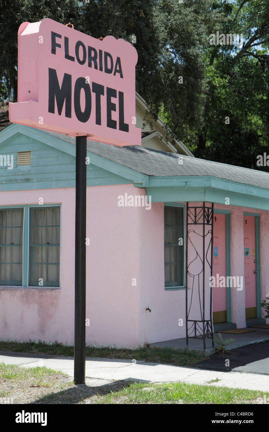 St. Saint Augustine Florida State Highway A1A motel sign pink Americana - Stock Image