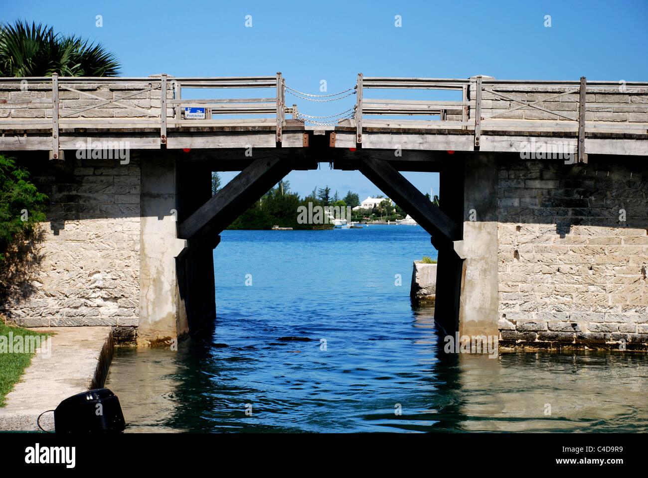 Somerset Bridge; Bermuda, World's smallest drawbridge - Stock Image