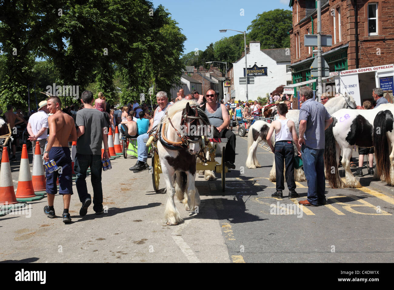 Horse dealers at the Appleby Horse Fair, Appleby-In-Westmorland, Cumbria, England, U.K. - Stock Image