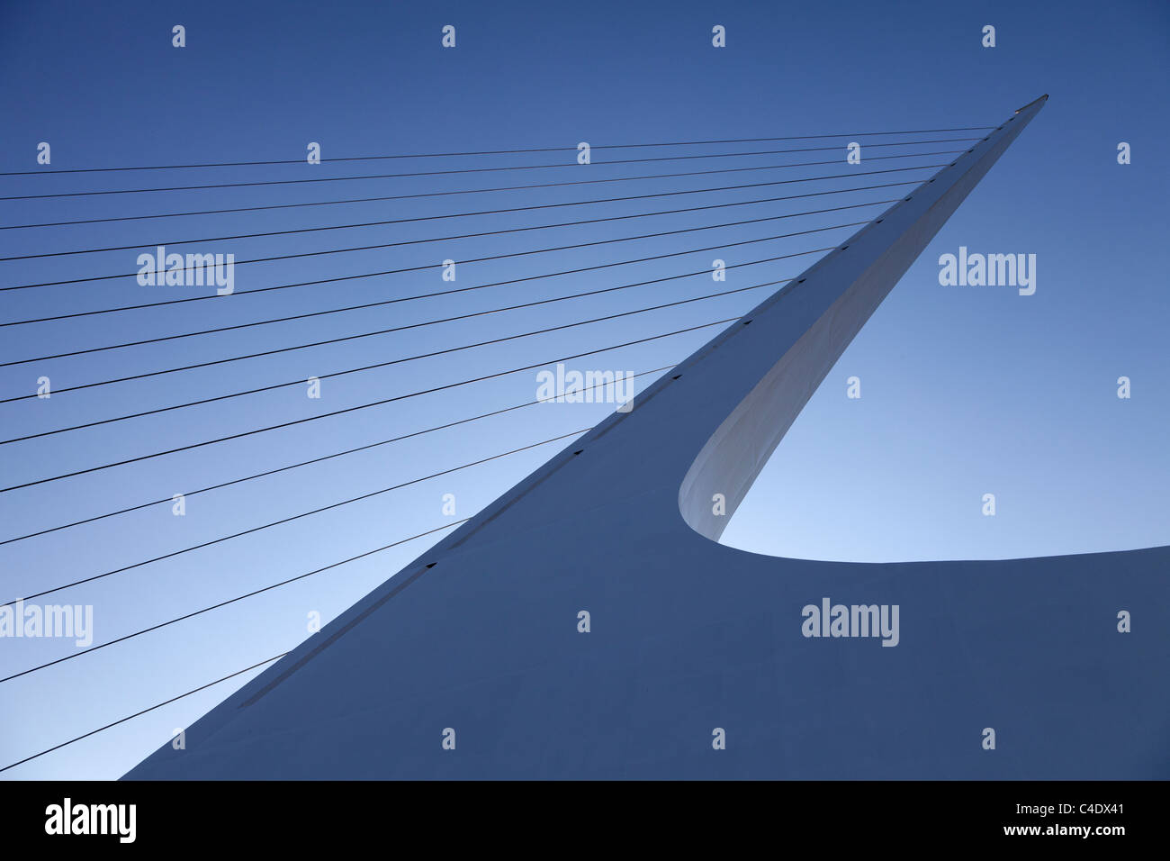 Tower of Sundial Bridge at Turtle Bay, Redding, California. Designed by Santiago Calatrava. Spans the Sacramento - Stock Image