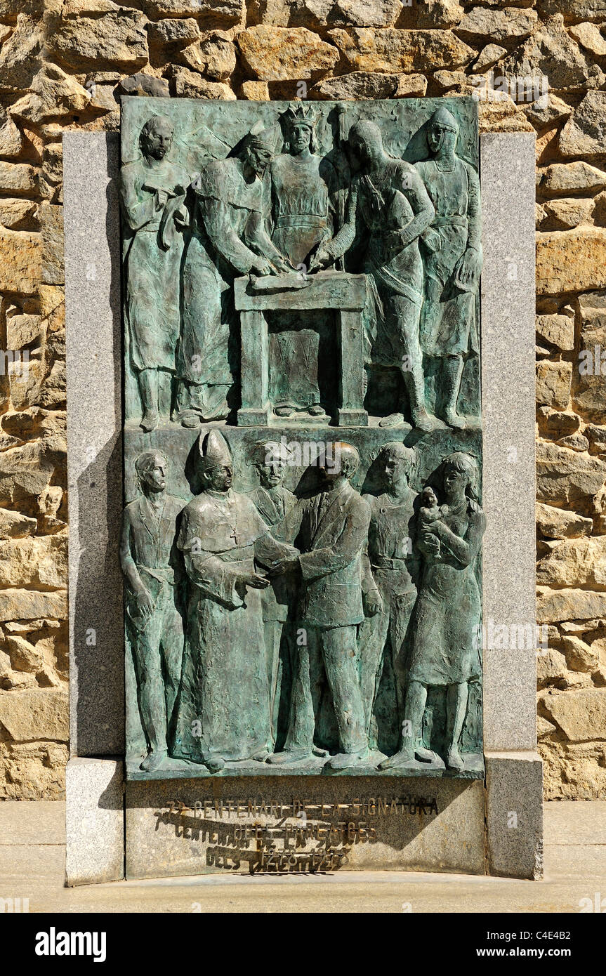 Bas-relief to commemorate the 700th anniversary of the signing of the first co-sovereignity pact, Casa de la Vall, Stock Photo