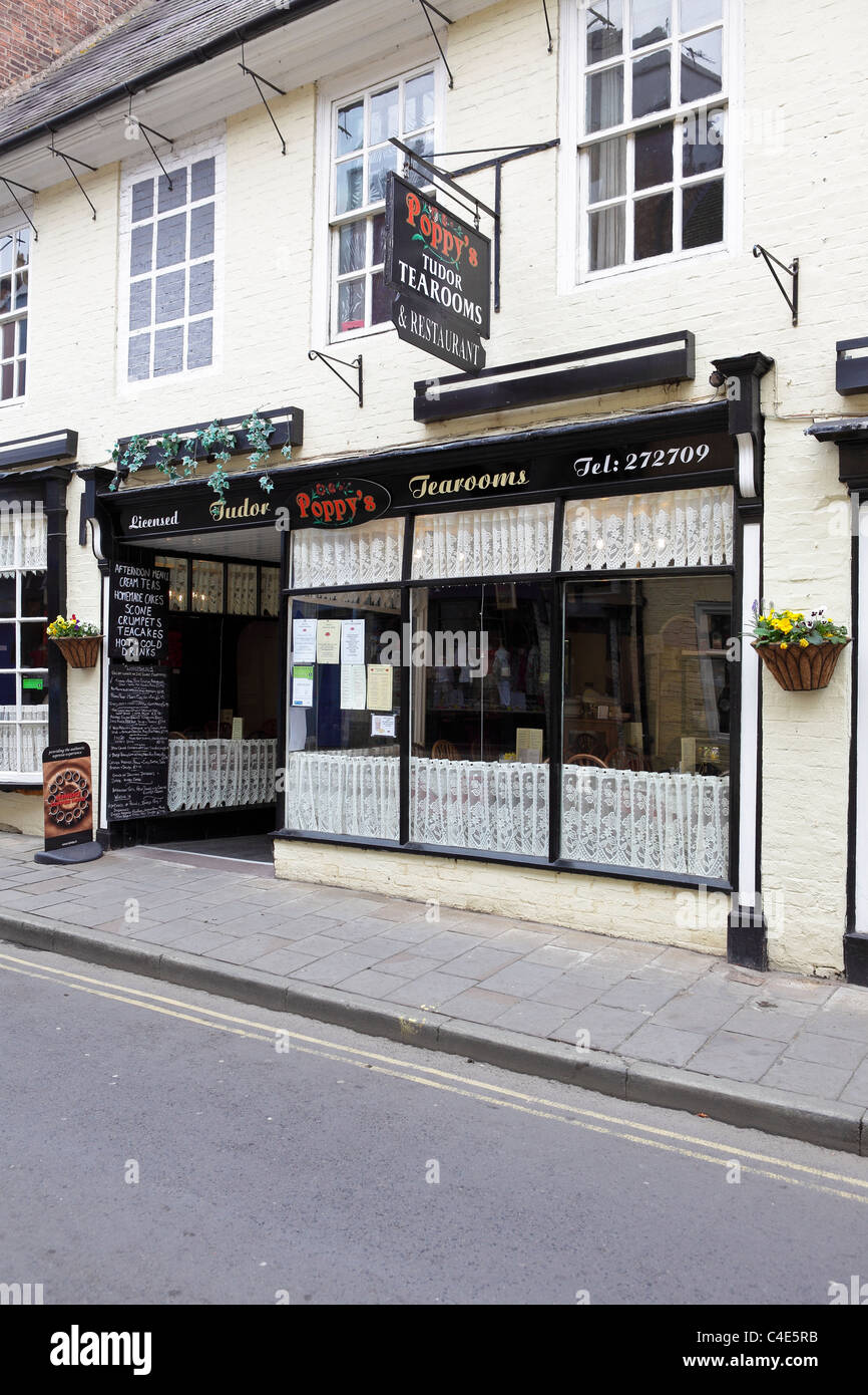 Warwick Tea Rooms And Cafe
