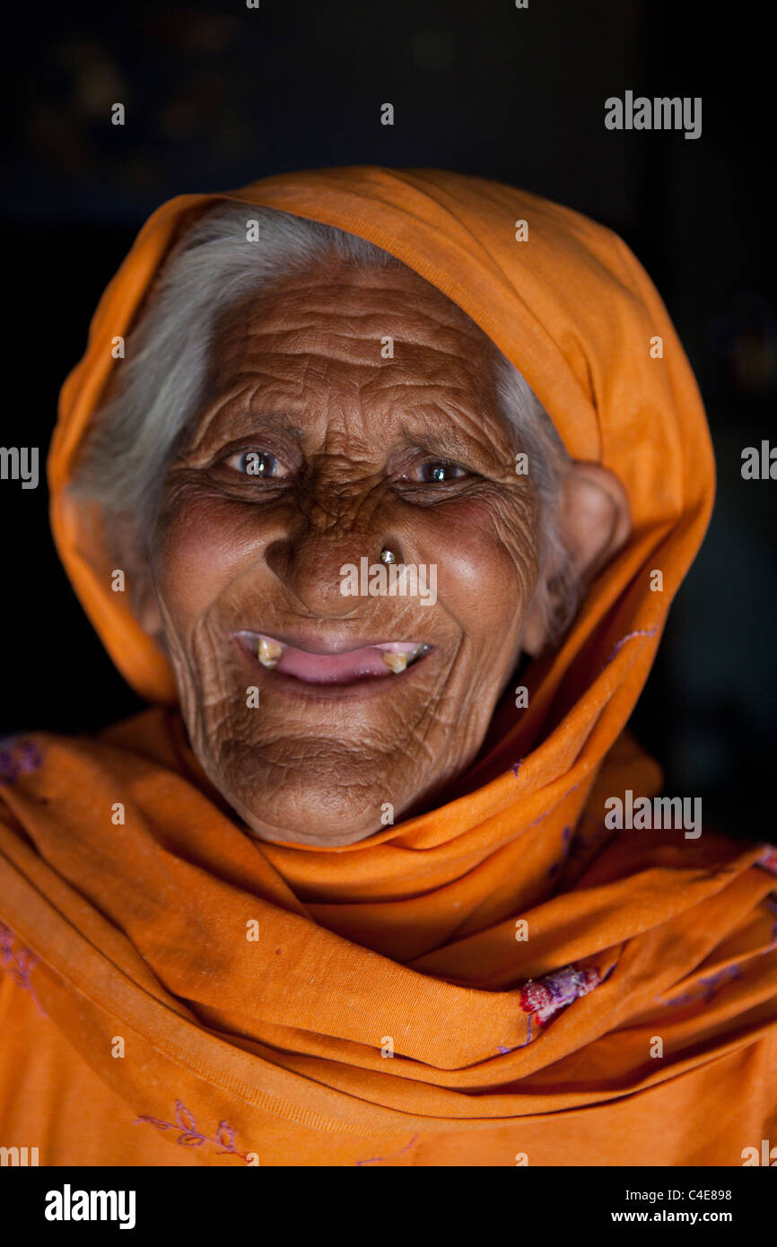 Christian woman at easter in Pakistan - Stock Image