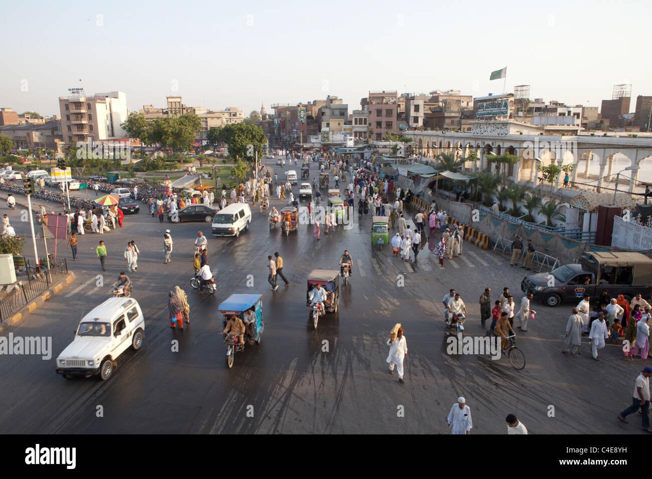 traffic in lahore, Pakistan Stock Photo: 37193733 - Alamy
