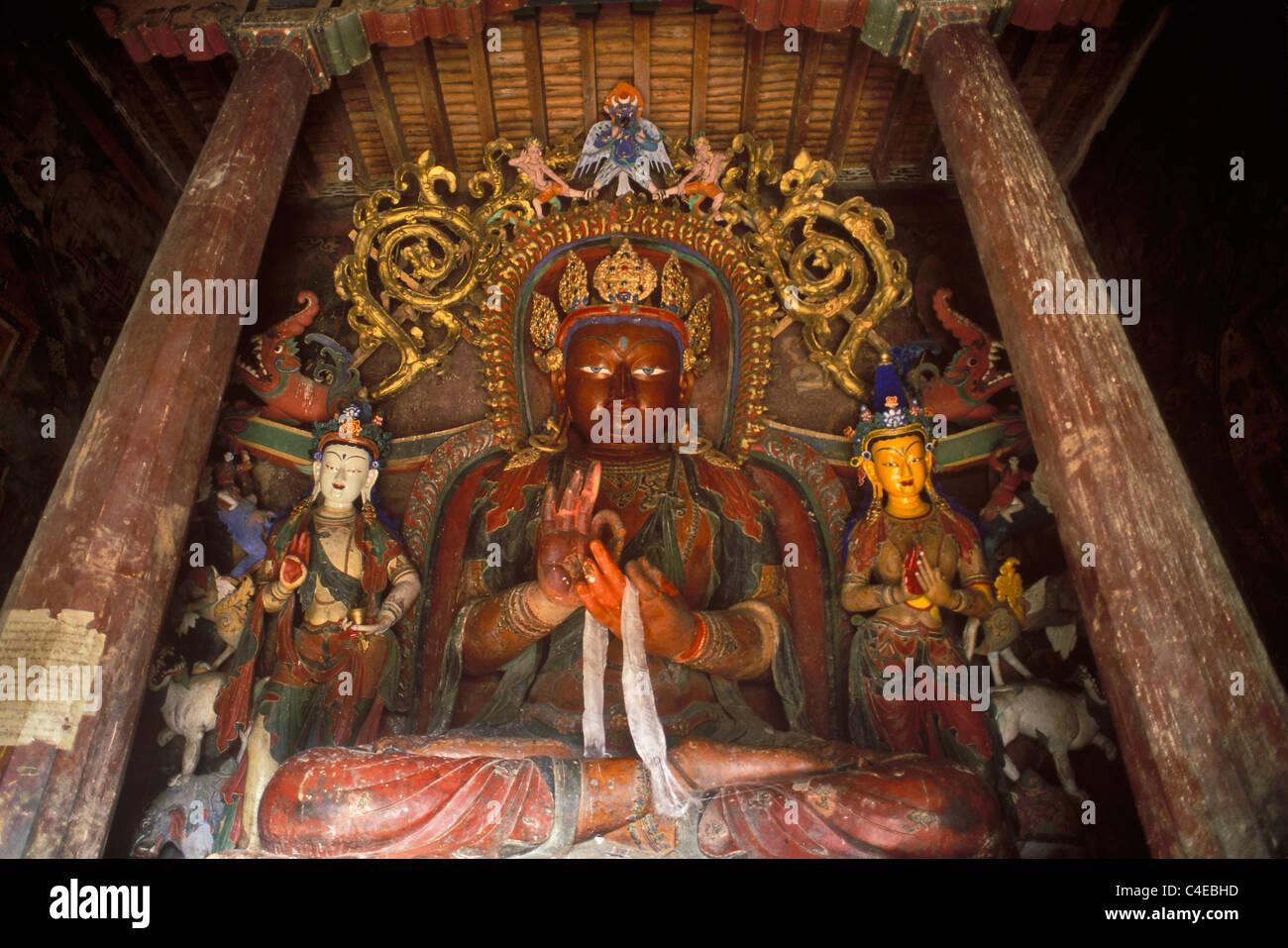Statue of Tsepame, the 'Long-life  Buddha', Gyantse Kumbum. A Kumbum is a multi-storied aggregate of Buddhist - Stock Image