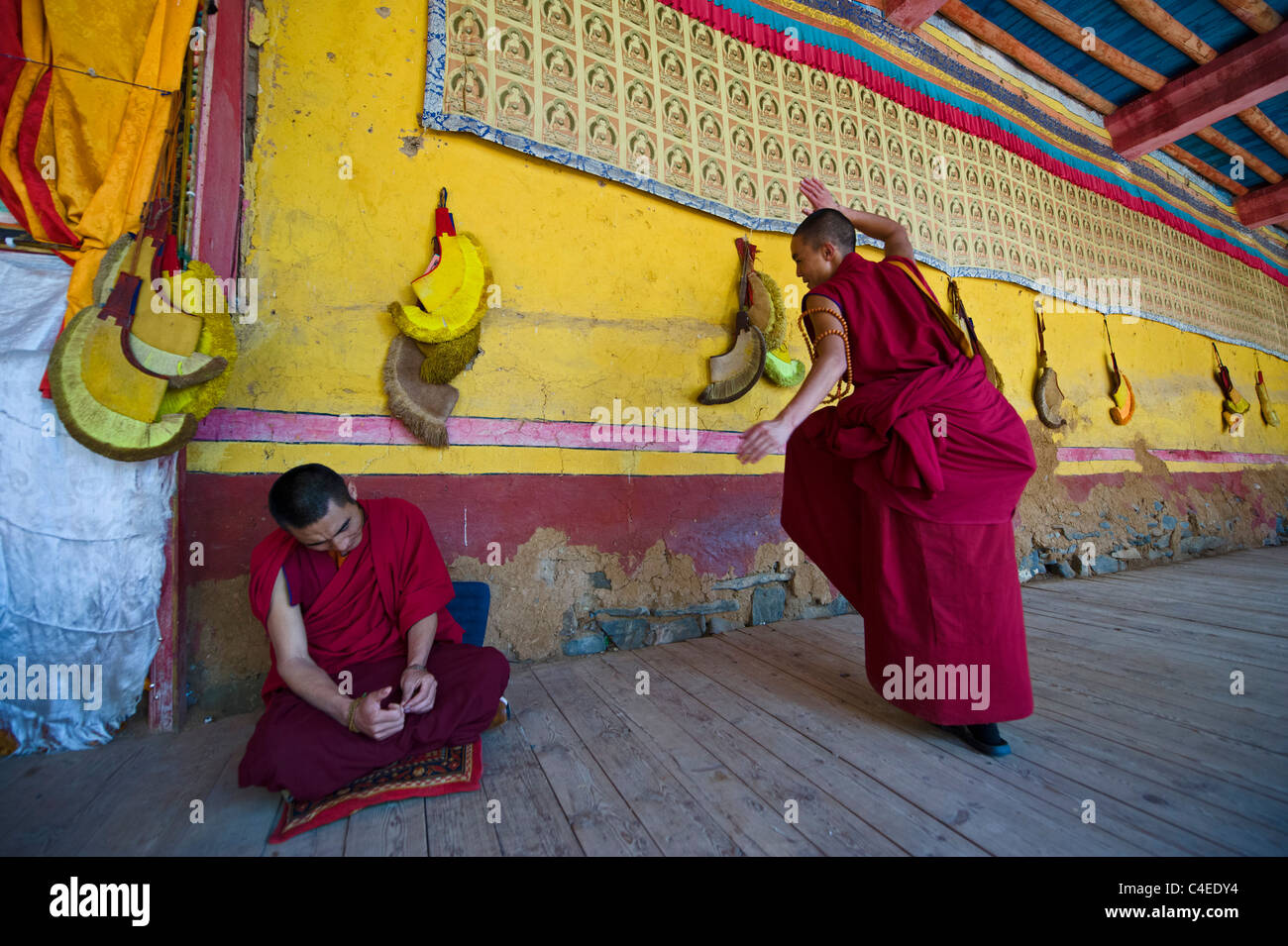 Philosophical debate, Ganzi monastery, Ganzi, Sichuan, China - Stock Image