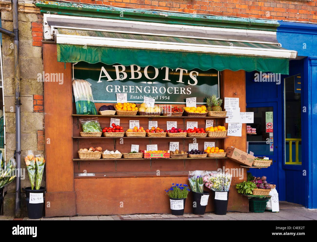 Greengrocer shop in Shaftesbury, Dorset, England UK - Stock Image
