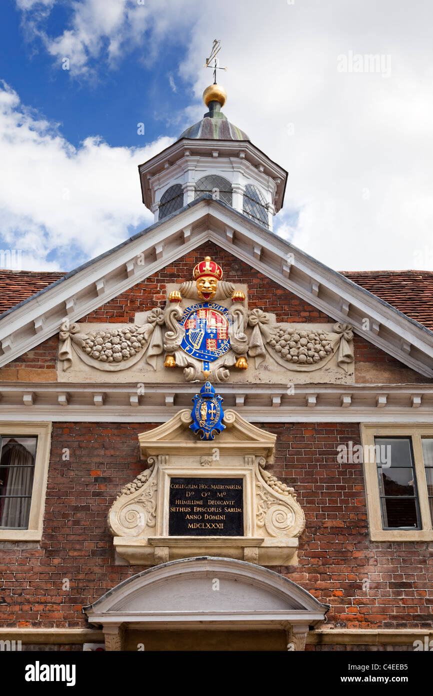 The Matrons College crest and detail, Salisbury, Wiltshire, England, UK - Stock Image