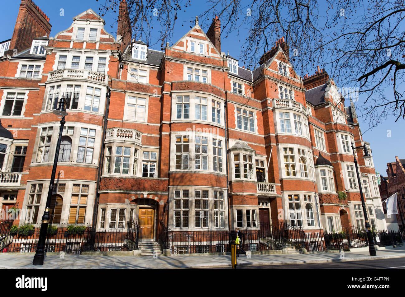 Buildings on Carlos Place, Mayfair, London, UK Stock Photo