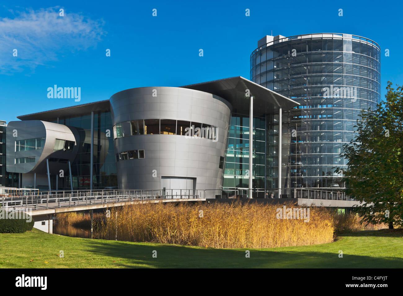 Glaeserne Manufaktur Dresden   Transparent Factory Dresden - Stock Image