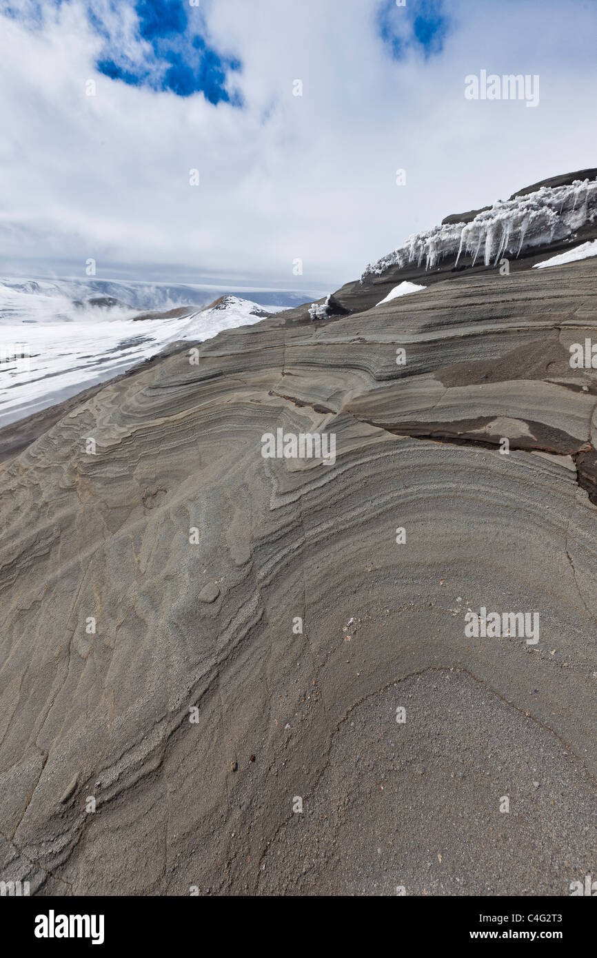 Hyaloclastite ridge showing sandstone, Grimsvotn volcanic eruption, Icealnd - Stock Image