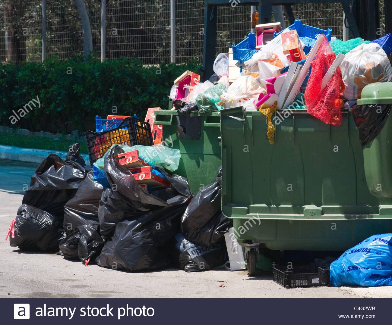 rubbish bin waste trash Stock Photo