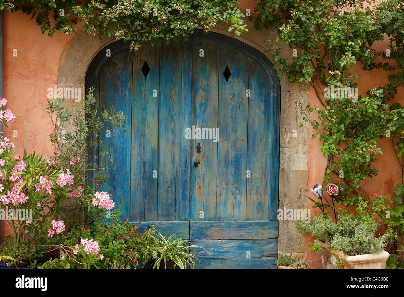 a doorway in Saint-Félix-Lauragais, Haute-Garonne, Midi-Pyrenees, France - Stock Image