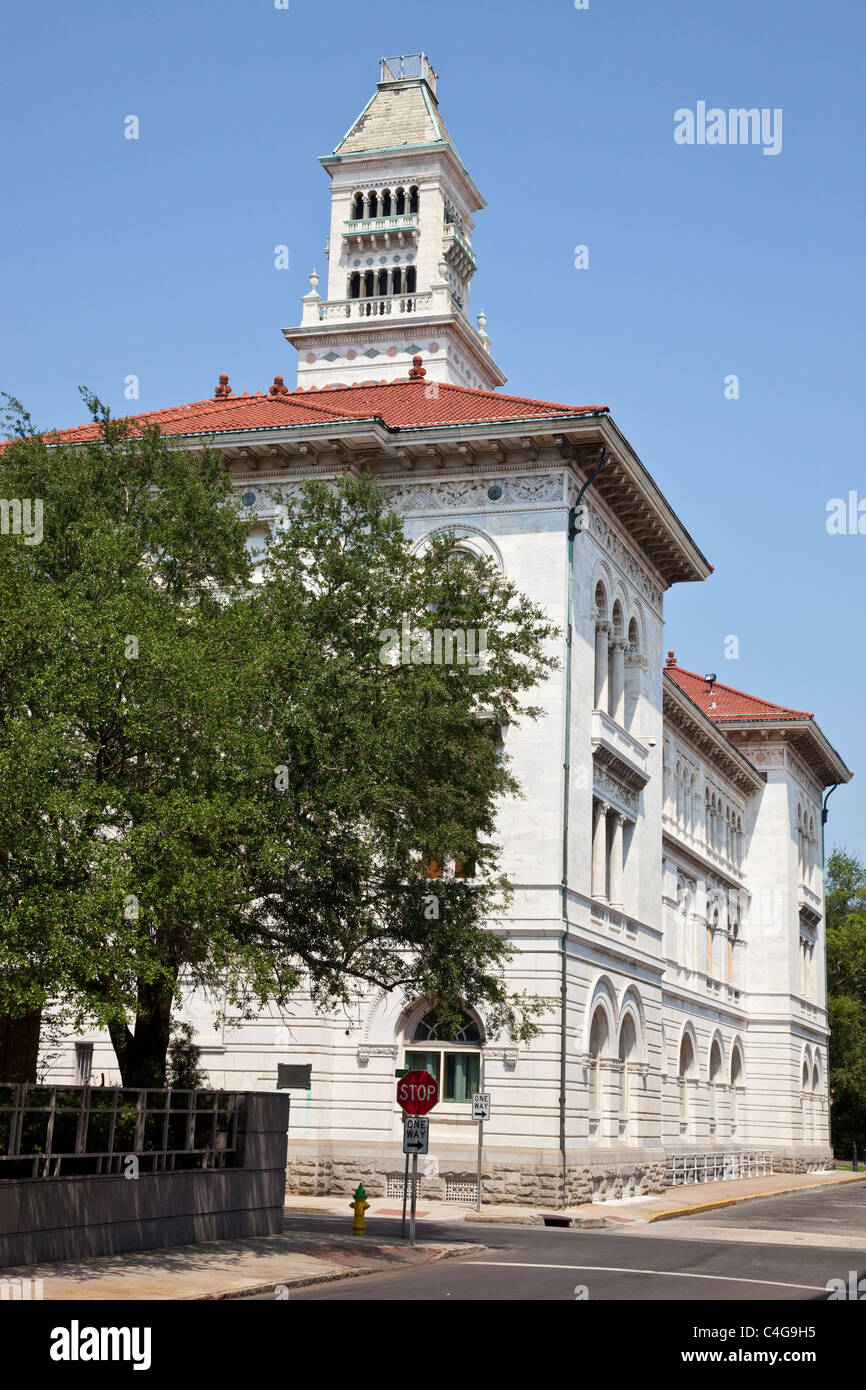 Tomochichi Federal Courthouse and Post Office, Savannah, Georgia - Stock Image