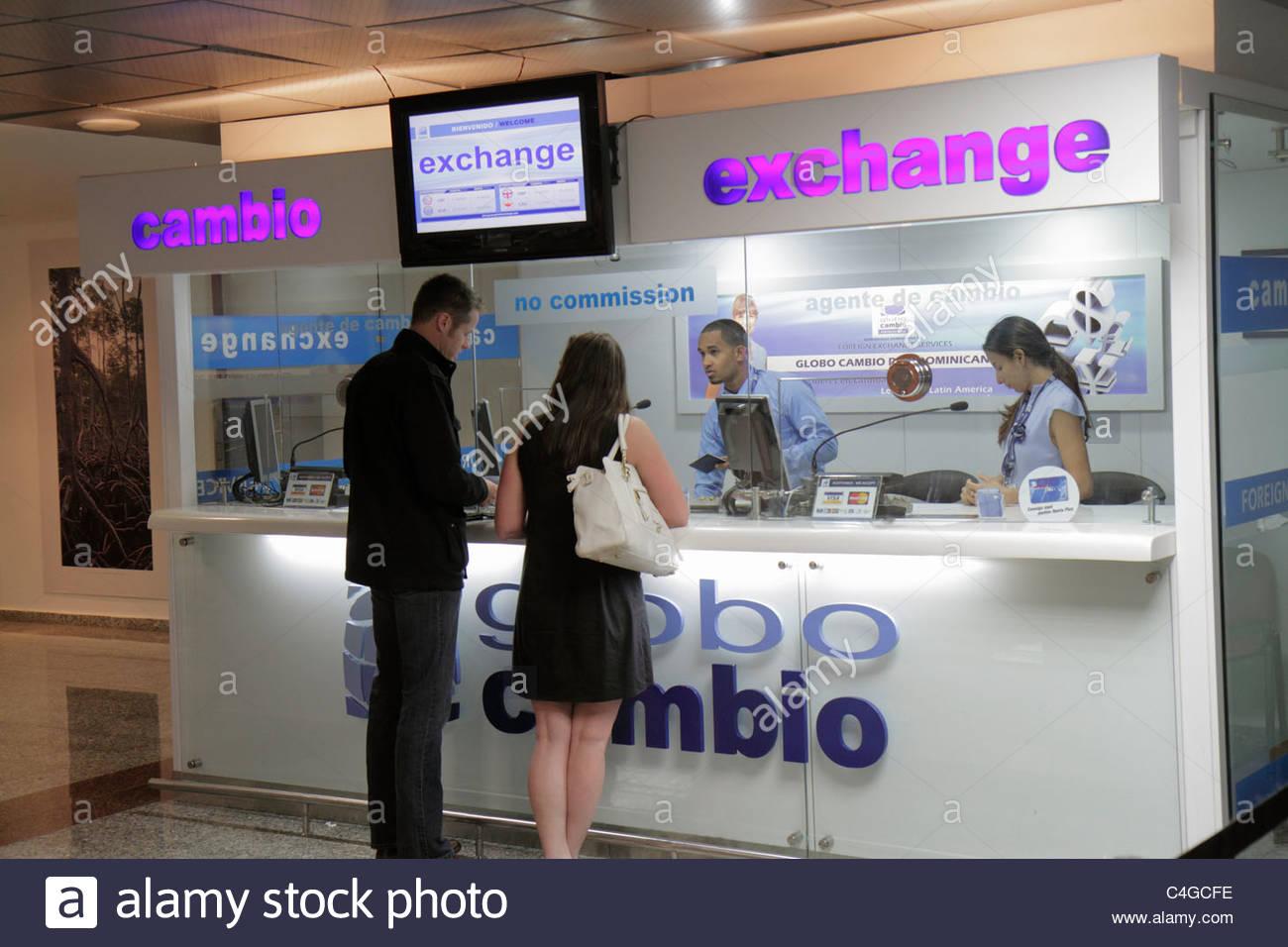 Currency exchange broker