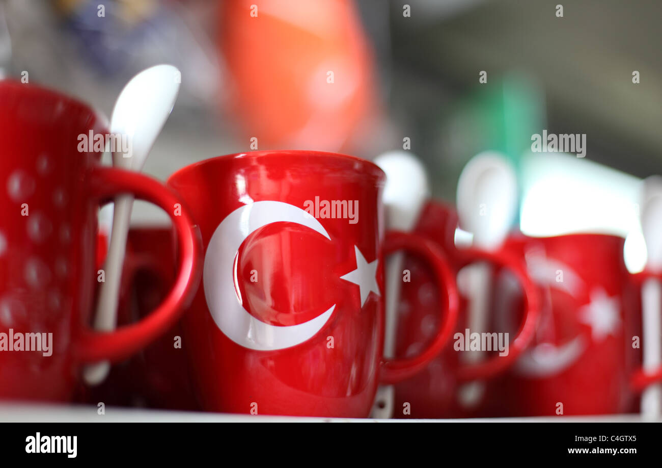 Souvenir mugs with turkish flag, Istanbul Stock Photo