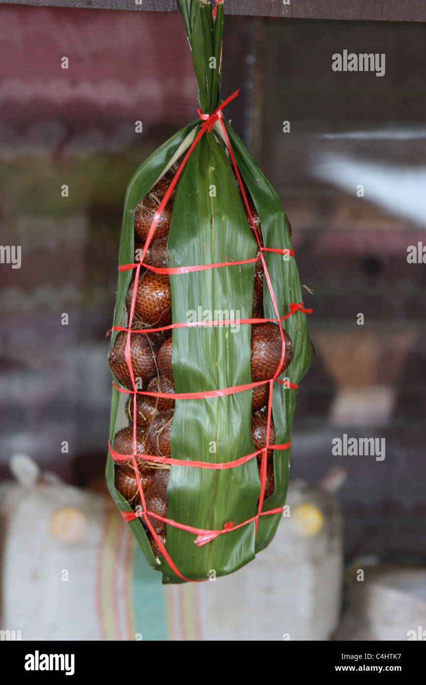 Salak for sale in Indonesia - Stock Image