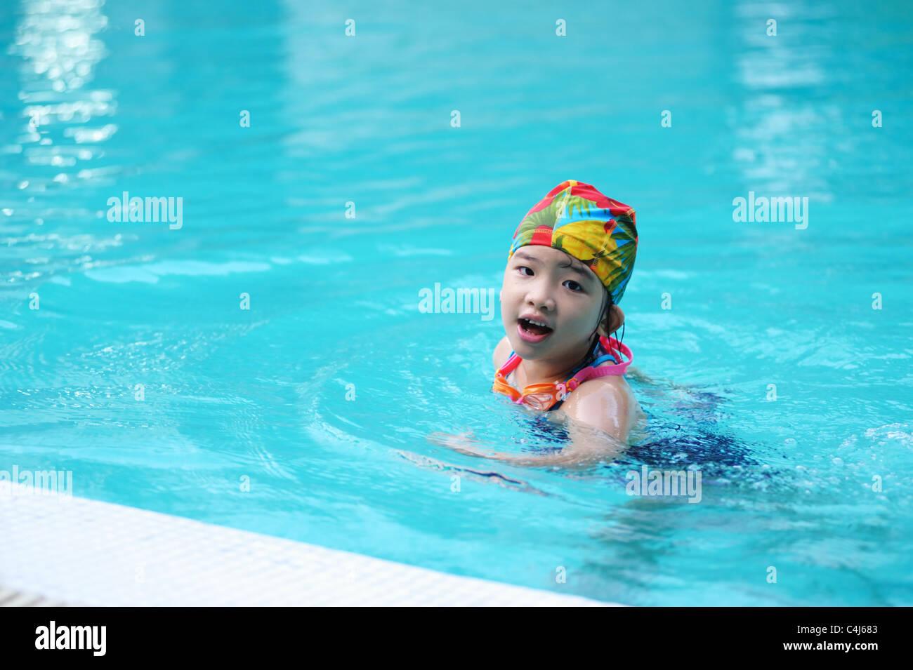 Asian Child Bathing Stock Photos & Asian Child Bathing Stock Images ...