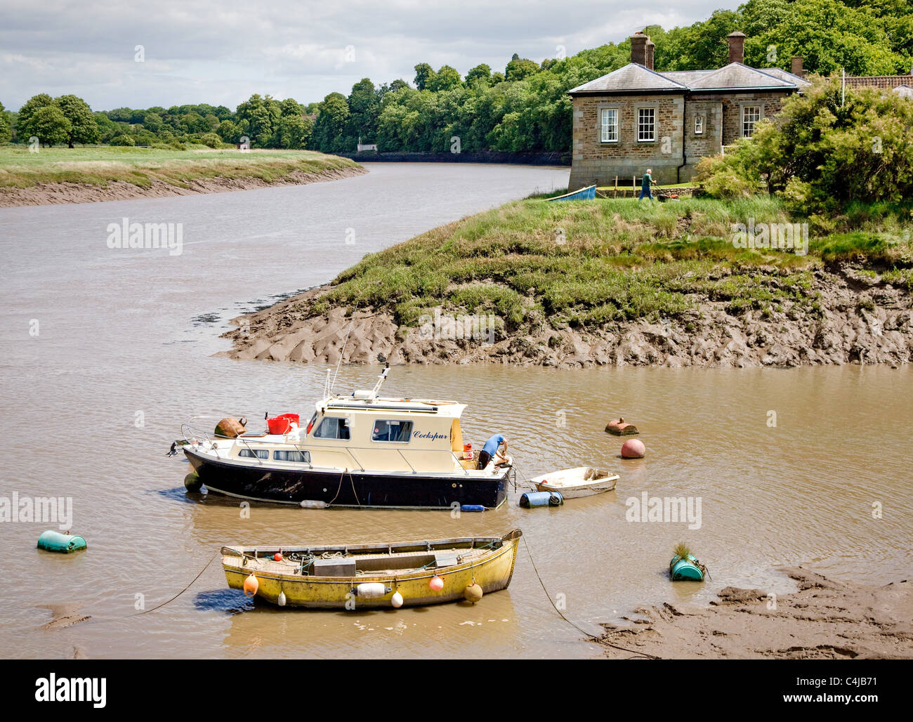 Pill Creek and the river Avon near Bristol with the Watch House beyond - Stock Image