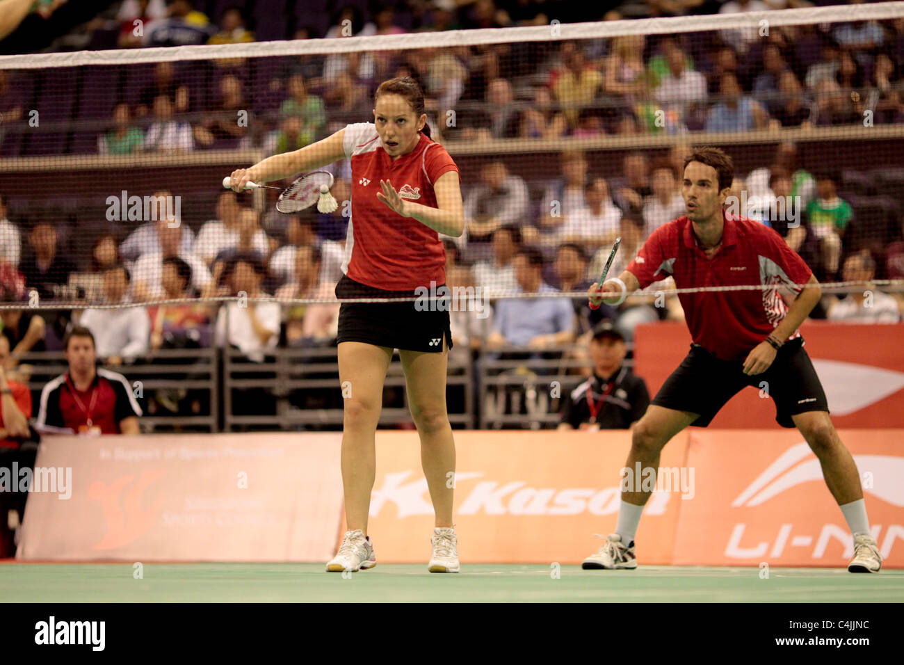 Jenny Wallwork and Nathan Robertson of England during their Mixed Doubles Quarter-finals of the Li-Ning Singapore - Stock Image