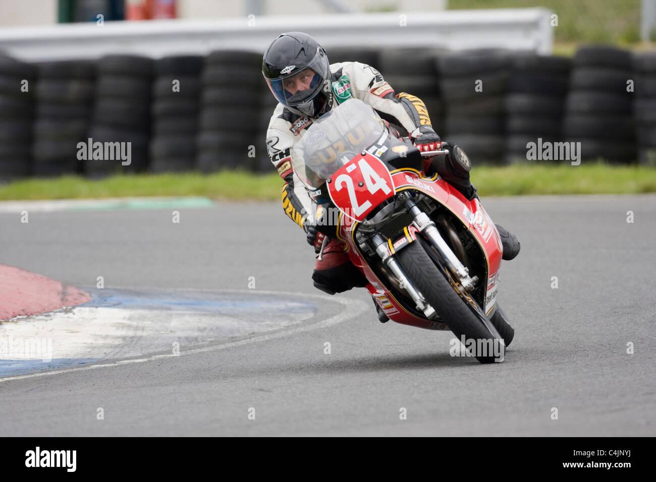 Yamaha FZ 599cc ridden by Paul Wood - Stock Image