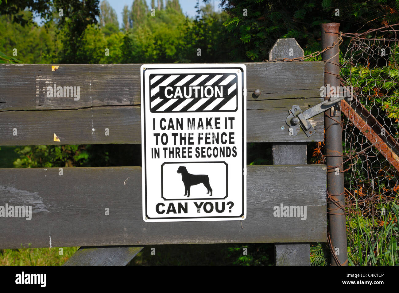 Dog warning sign on gate to private property - I can make it