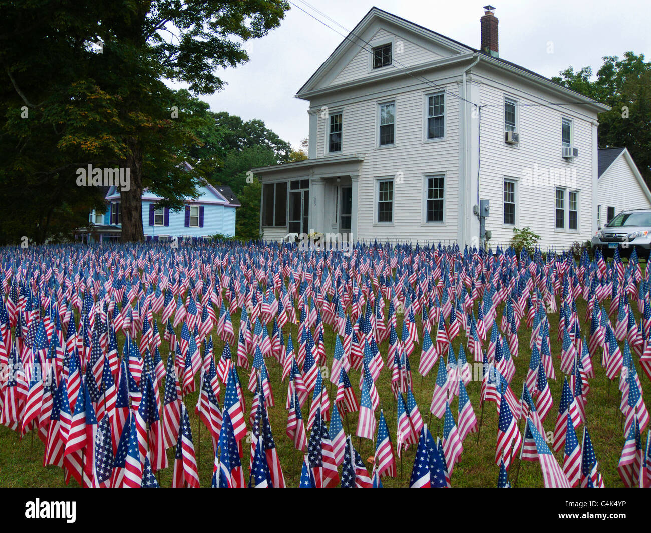 Connecticut, Kent, house with flags in honor of Iraq war dead - Stock Image