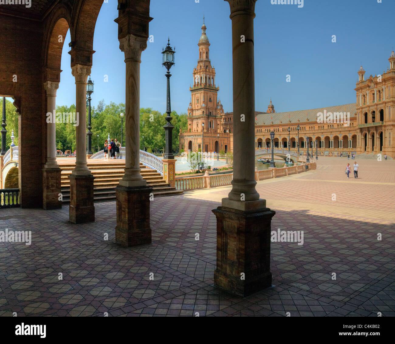 ES - ANDALUSIA: Seville's famous Plaza de Espana - Stock Image