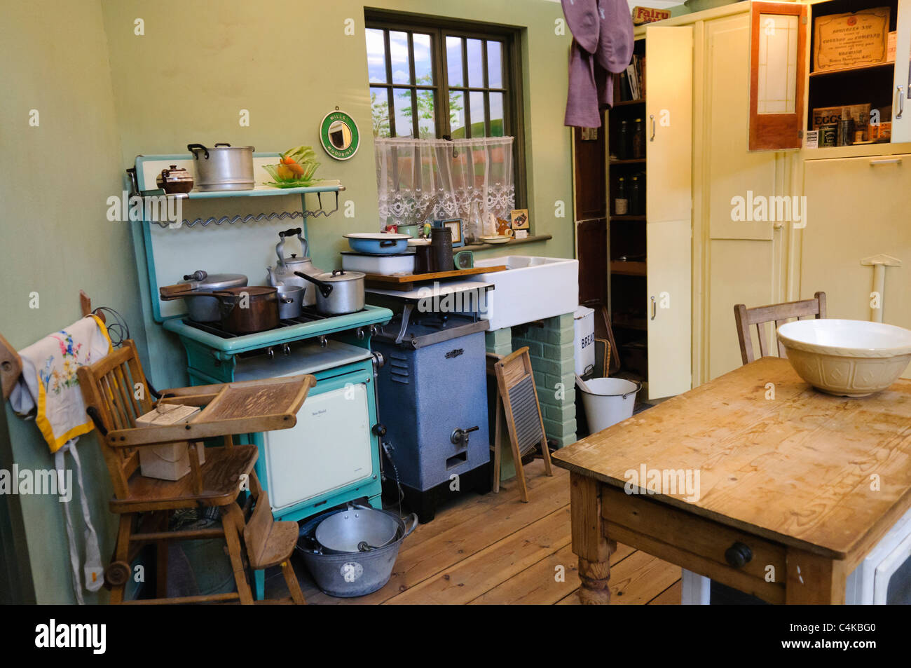 Kitchen In A Traditional British Home In The 1930s Stock