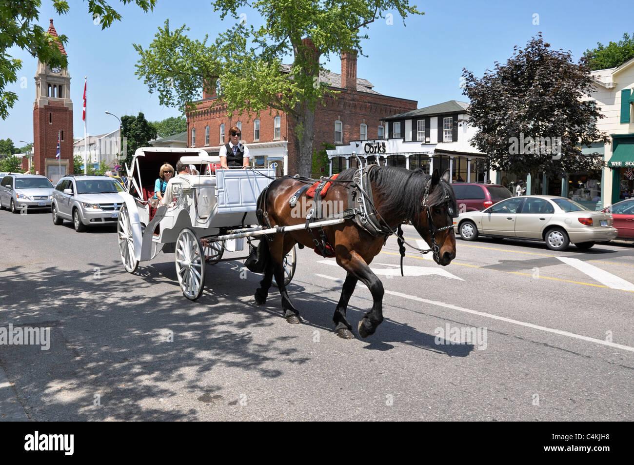 Niagara on the Lake, horse drawn carriage - Stock Image