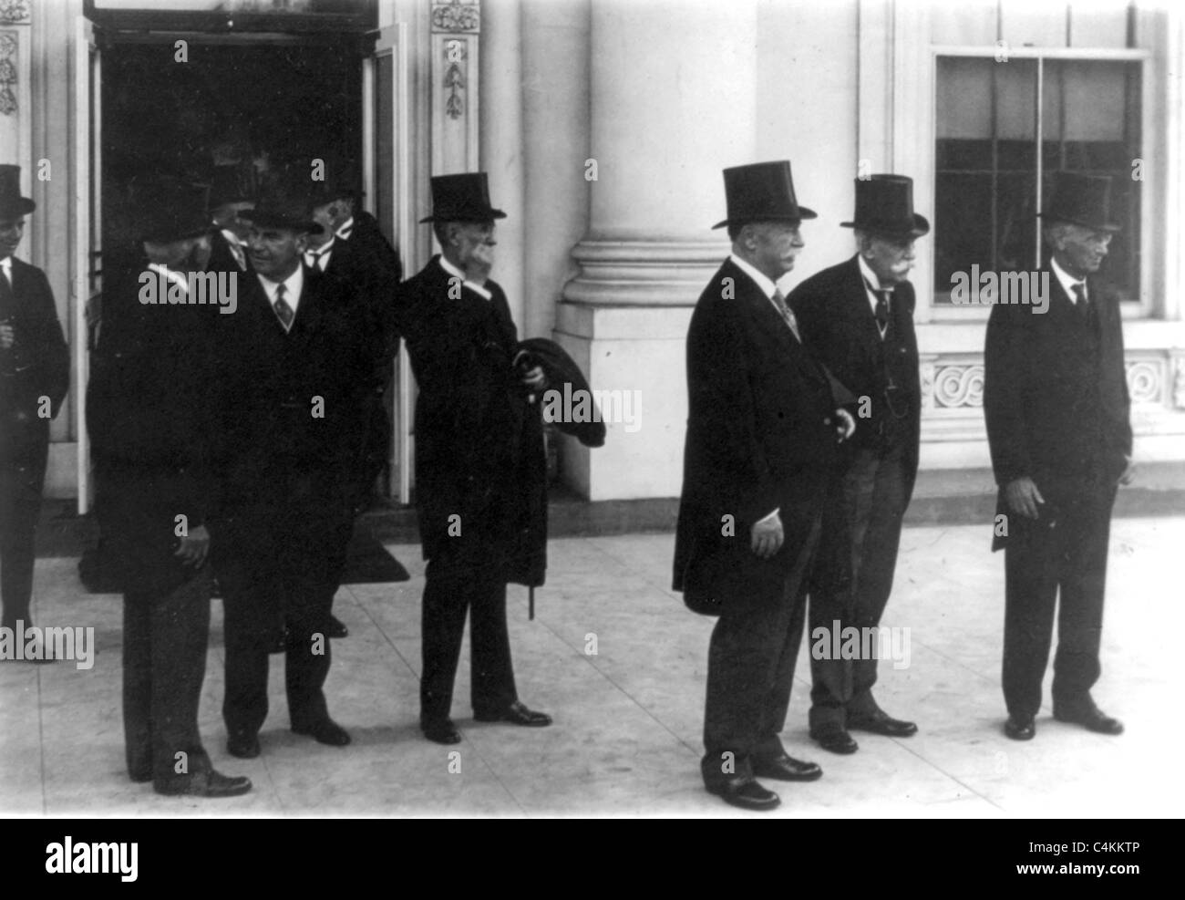 Members of the U.S. Supreme Court leaving the White House after calling on the President prior to the opening of Stock Photo
