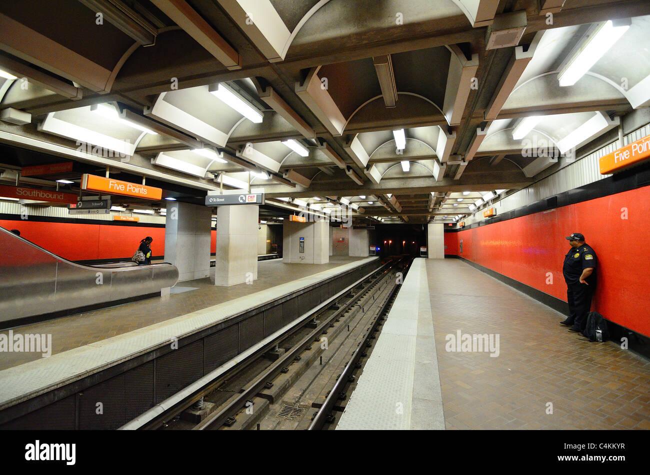 Platform at Five Points Station, part of Metropolitan Atlanta Rapid Transit Authority (MARTA) in Atlanta, Georgia. - Stock Image