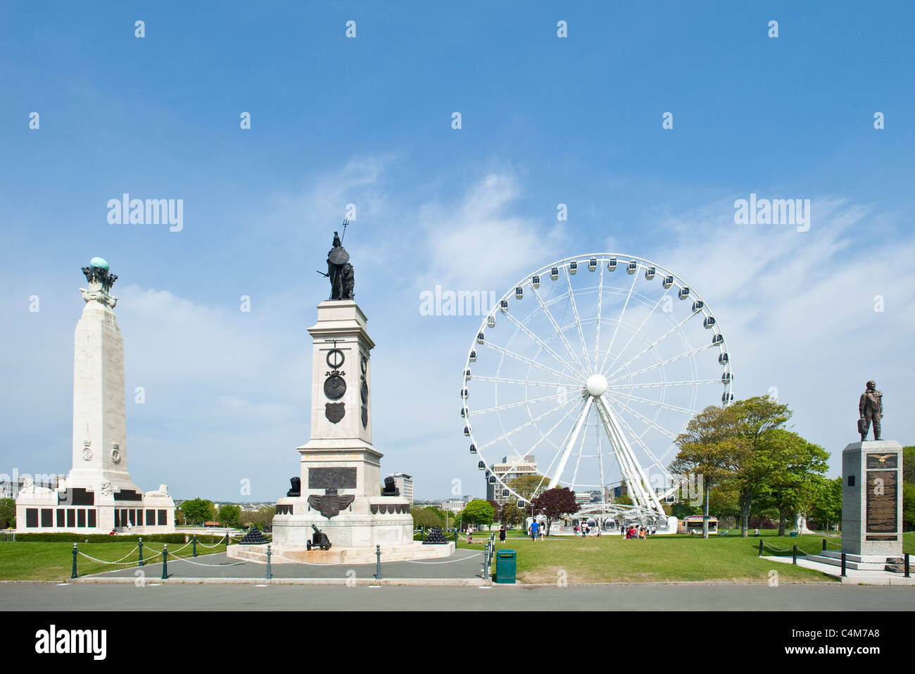 War memorials and the ferris wheel situated on Plymouth Hoe. - Stock Image