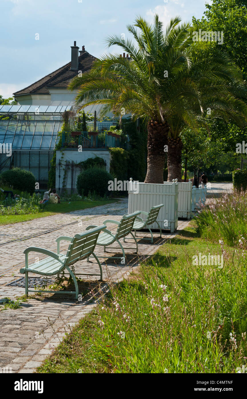 Bercy Park, Paris Rive Gauche neighborhood, Paris, France Stock Photo