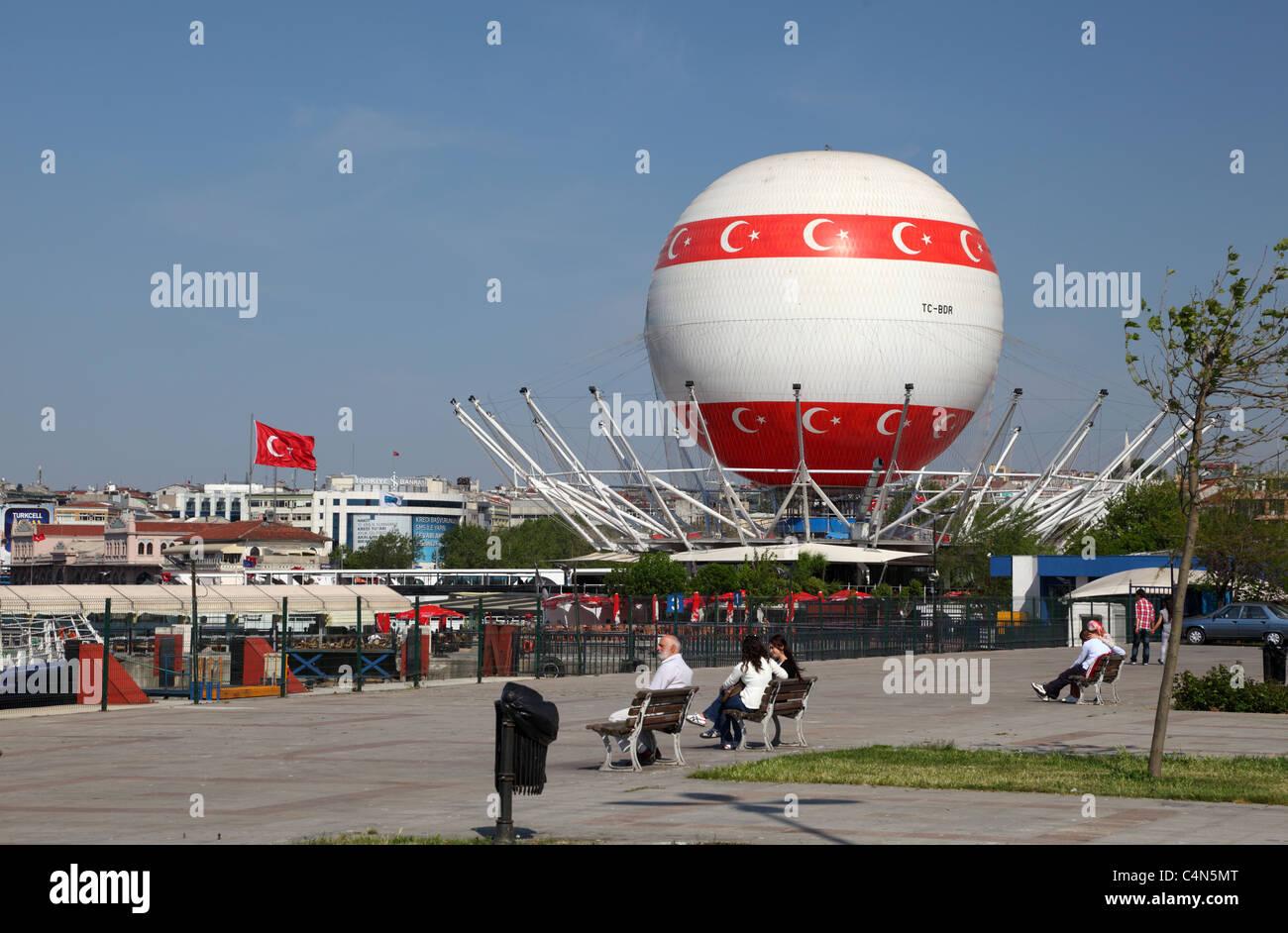 Hot air baloon in Kadikoy, Istanbul Turkey. Photo taken at 24th of Mai 2011 - Stock Image