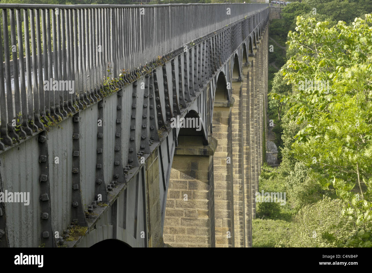 pontcysyllte aqueduct on the Llangollen canal, over the Rive Dee. - Stock Image