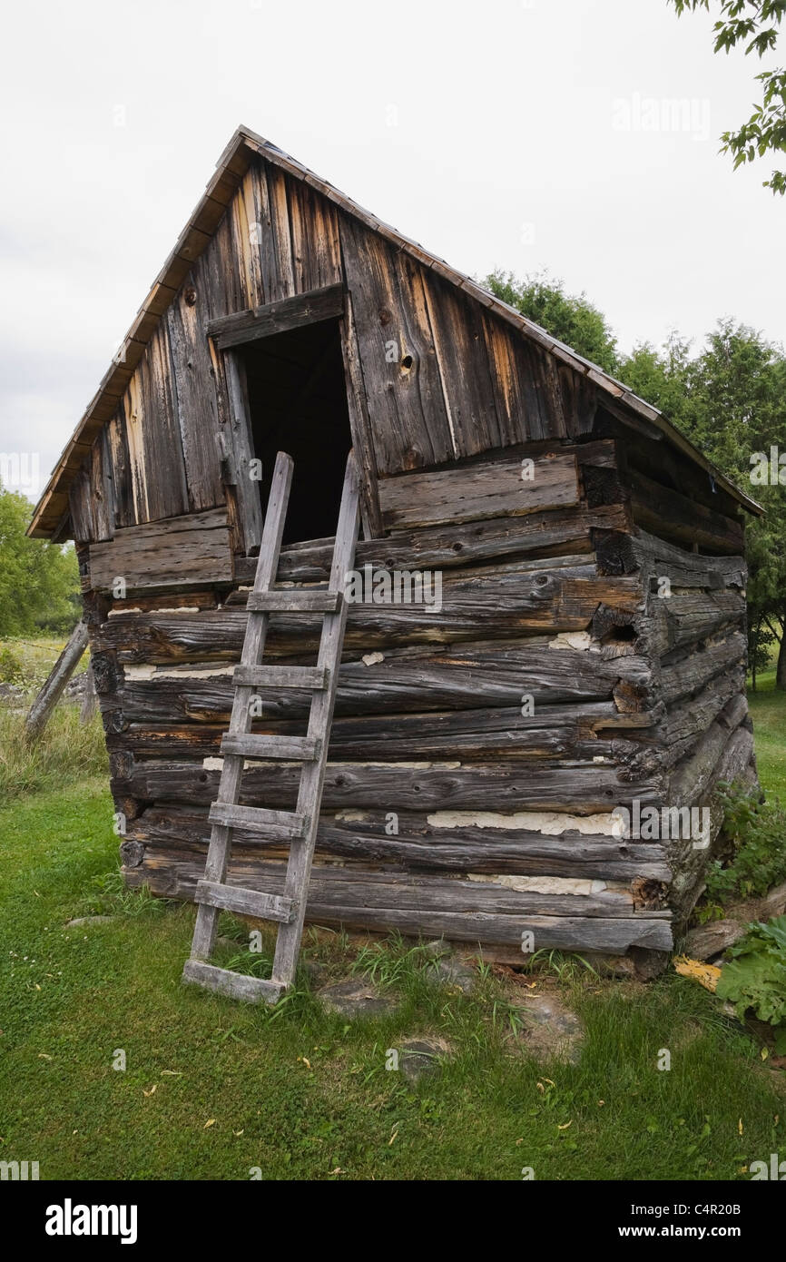 Old log storage shed (1800s) converted into a childrenu0027s playhouse Outaouais Quebec Canada & Old log storage shed (1800s) converted into a childrenu0027s playhouse ...