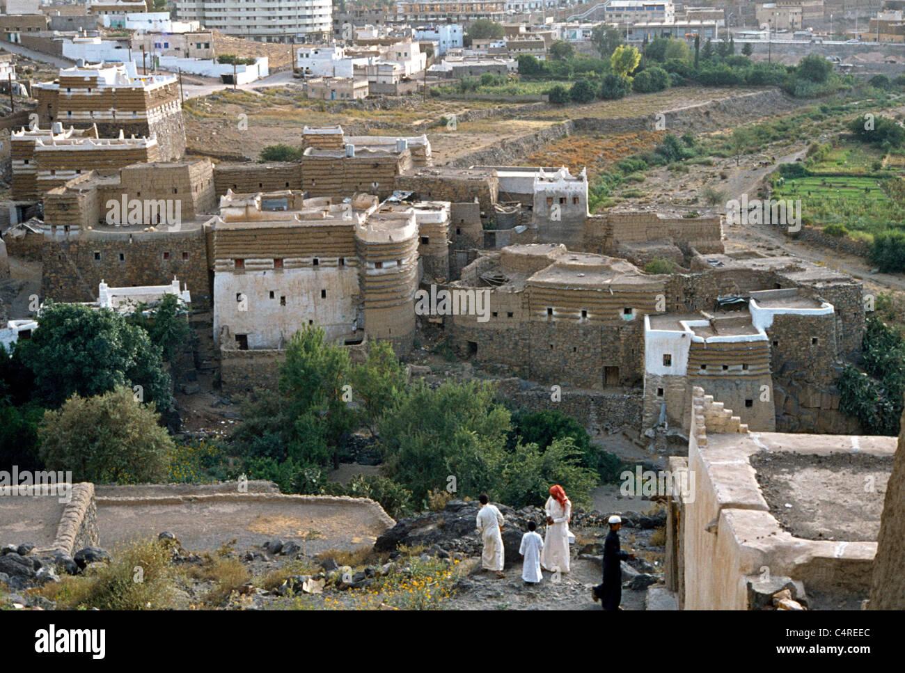 Abha Saudi High Resolution Stock Photography And Images Alamy