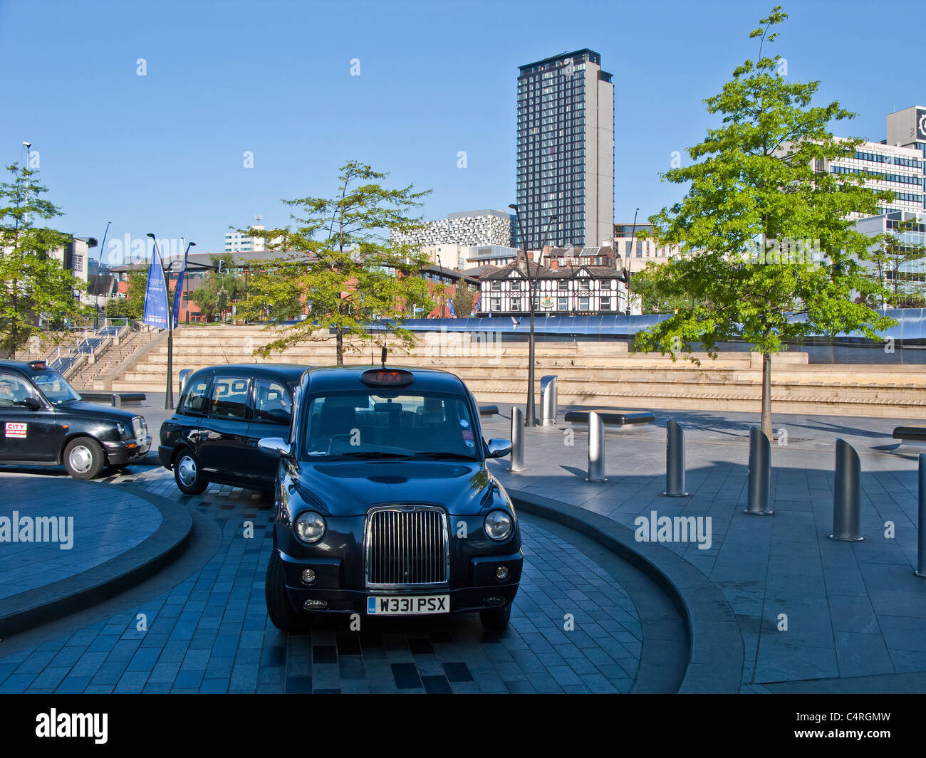 Taxi rank at Sheffield Midland railway station - Stock Image