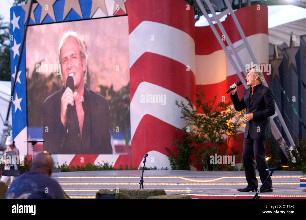 Michael Bolton performs at the dress rehearsal for the Capital Fourth 2006 Holiday Concert at the US Capital in - Stock Image