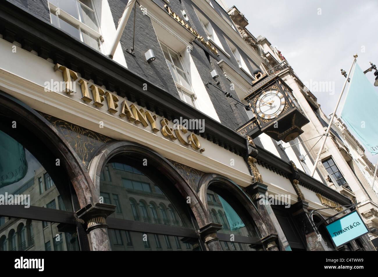 aa91ff226b6 London Mayfair Bond Street Tiffany   Co jewelers jewelry shop store  flagpoles flagpole established 1749 -