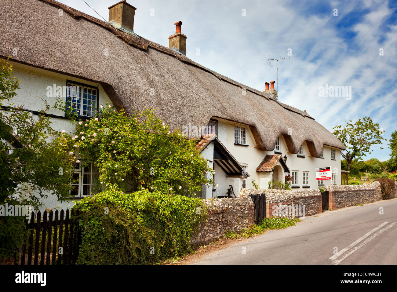 english semi detached thatched cottage for sale england uk stock rh alamy com english cottages for sale in usa english heritage cottages for sale