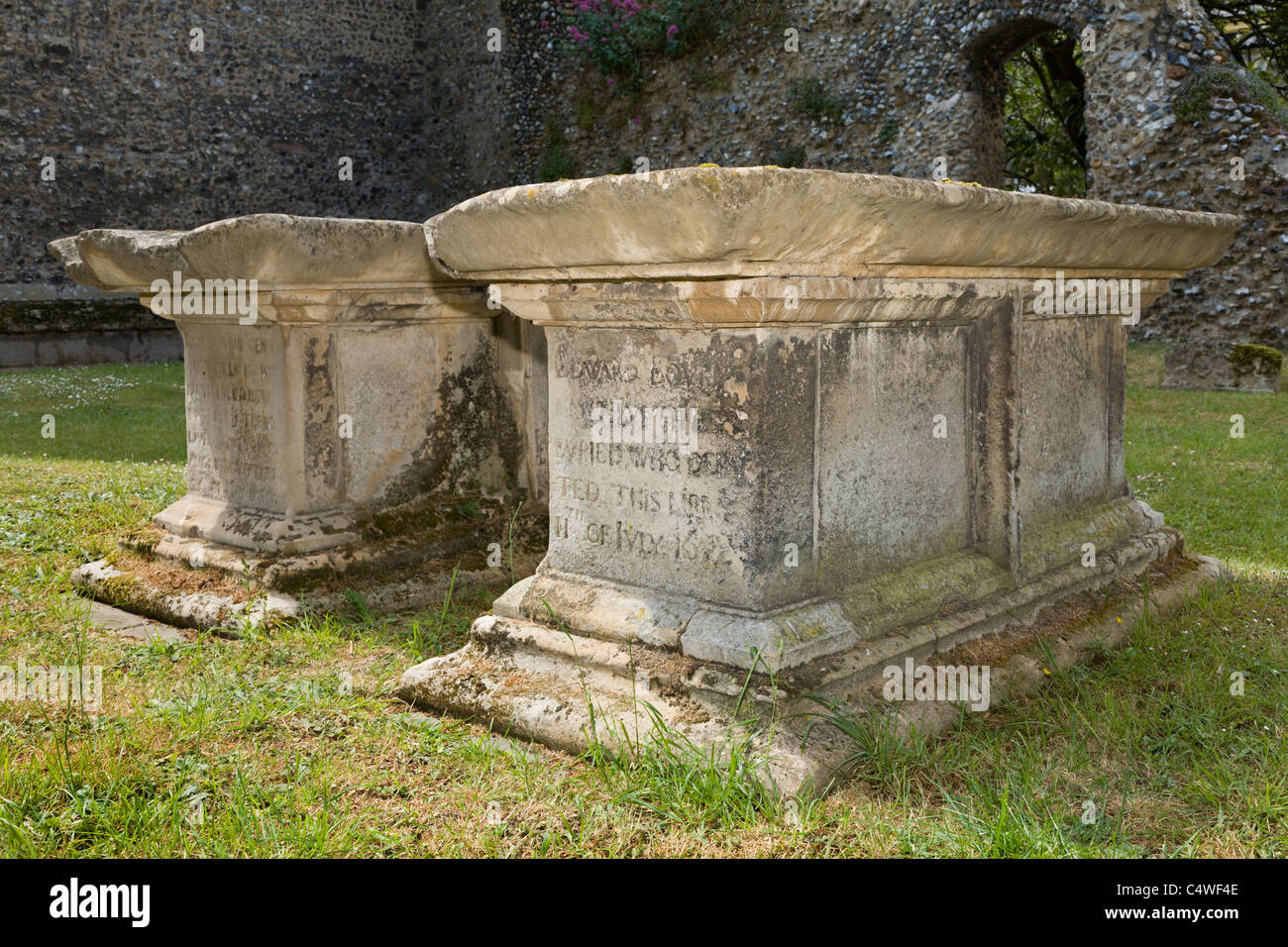 Two 17thC sarcophagus' in the cemetery of St Edmundsbury Cathedral, Bury St Edmunds, Suffolk, England, UK. - Stock Image