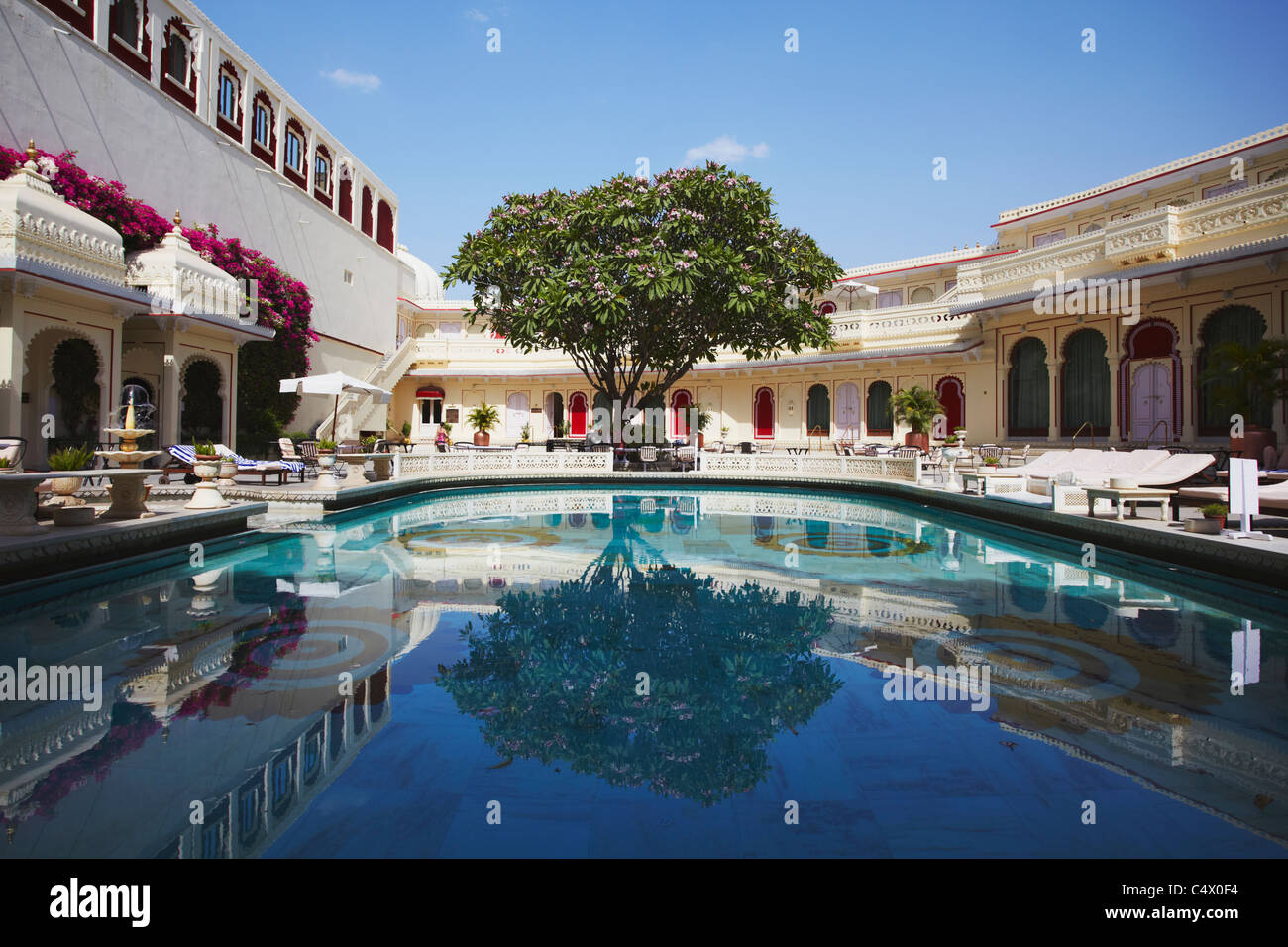 Pool at shiv niwas palace hotel udaipur rajasthan india stock photo 37450536 alamy for Hotel in udaipur with swimming pool