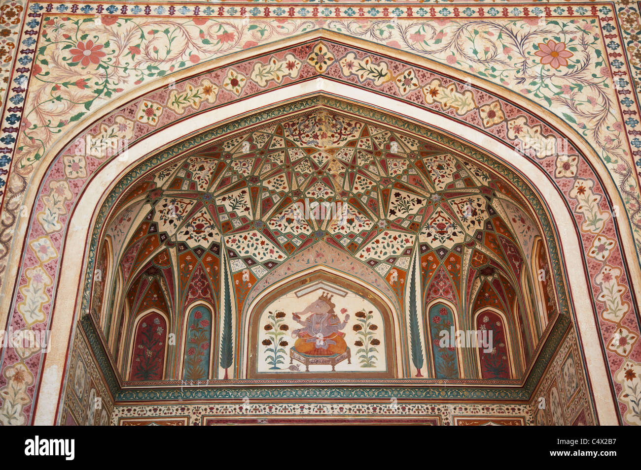 Ganesh Pol (Ganesh Gate) in Amber Fort, Jaipur, Rajasthan, India - Stock Image